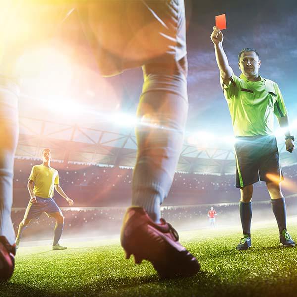 websale-erfolgsstory-allzweck-sportartikel-fußballer-bekommt-rote-karte